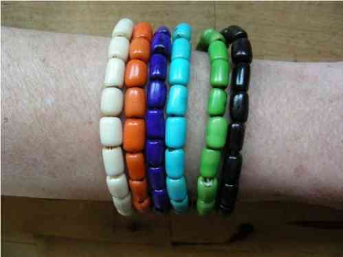 Bracelets from acai cylinders